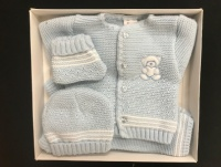 Newborn Knitted Clothes